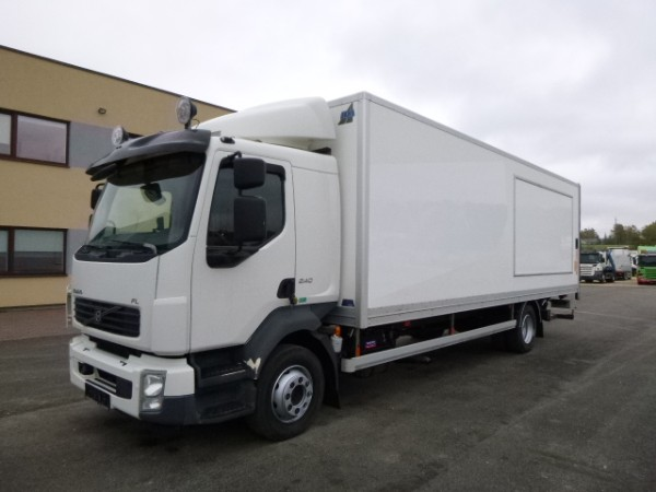 Volvo FL240 4x2+EURO5+BOX HEATING